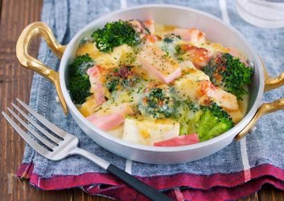 乗せて焼くだけ『豆腐とブロッコリーの味噌マヨチーズグラタン』