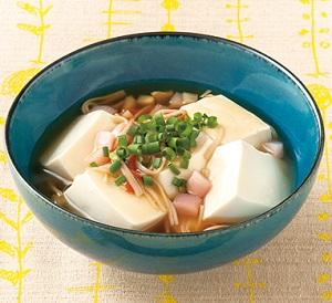 新生姜とかに風味かまぼこのあんかけ豆腐